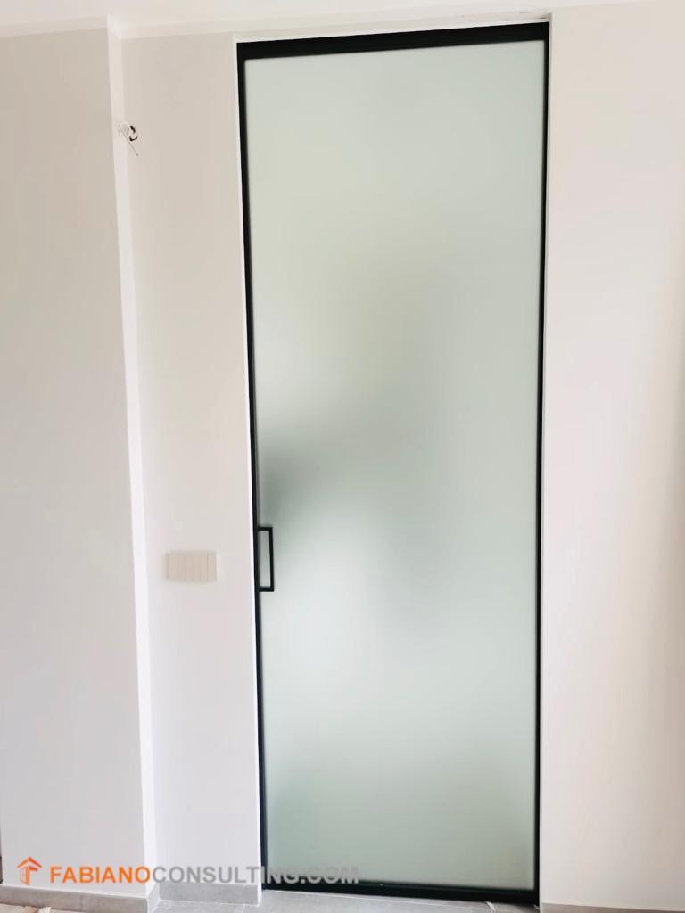 Porta in vetro scorrevole